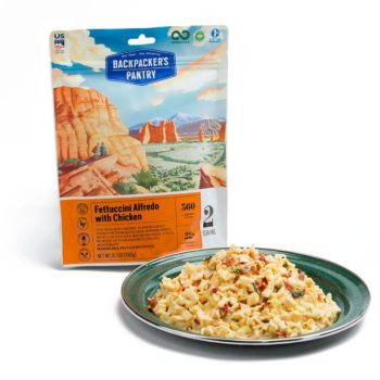 BP Fettuccine Alfredo with Chicken pouch with plate